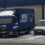 Dynamisch Rush Transport - Logo vrachtwagen